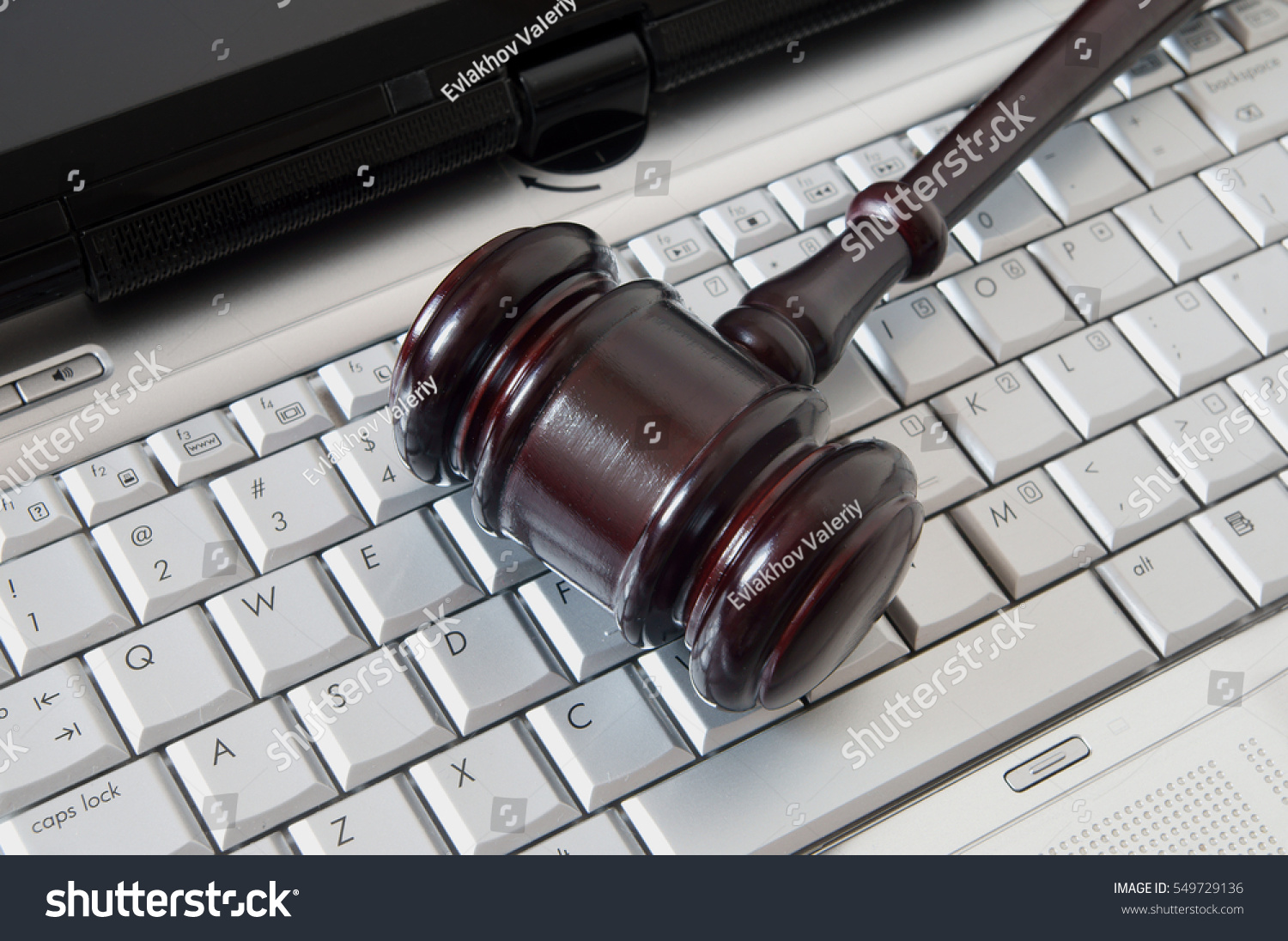 The Legal Complications of BYOD